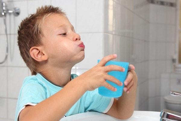 Афтозный стоматит у детей симптомы