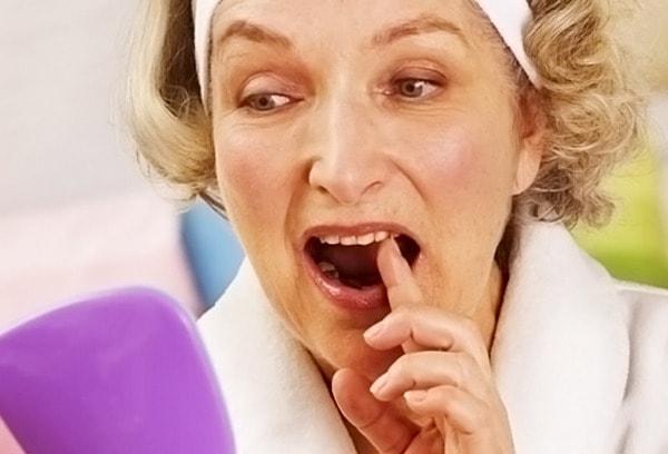Что делать если шатаются зубы